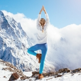 Yogapose in Lech am Arlberg.
